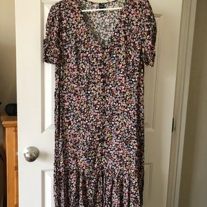 NWOT Floral Midi Dress